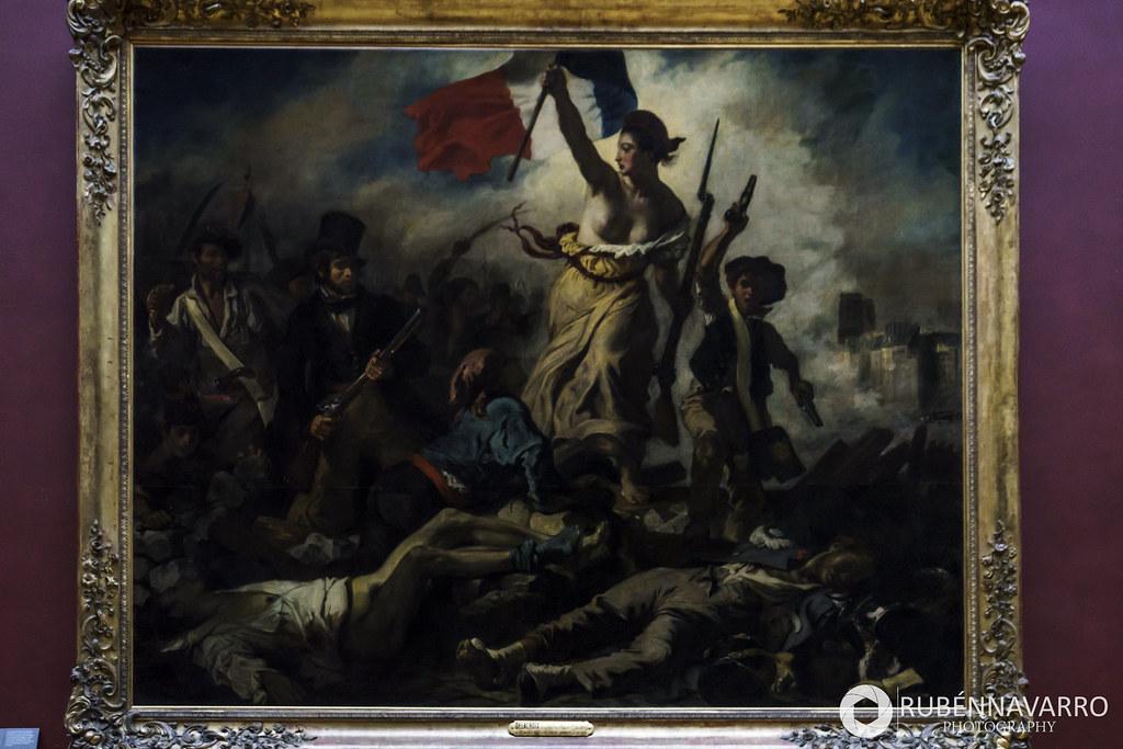 La Libertad guiando al pueblo louvre imprescindible