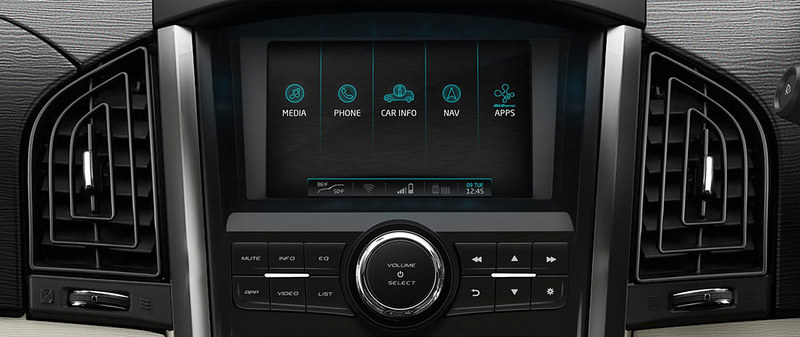 features_infotainment-system-Big