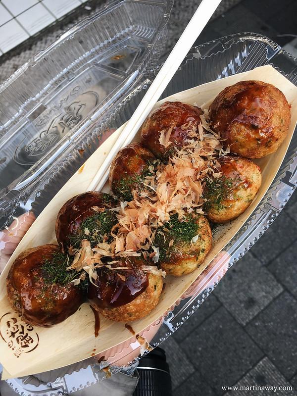 cosa mangiare in giappone: Takoyaki