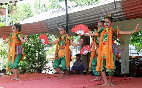 tari tradisional Banjarnegara