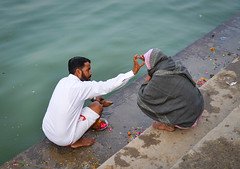 Hindu pilgrims praying in Pushkar, India