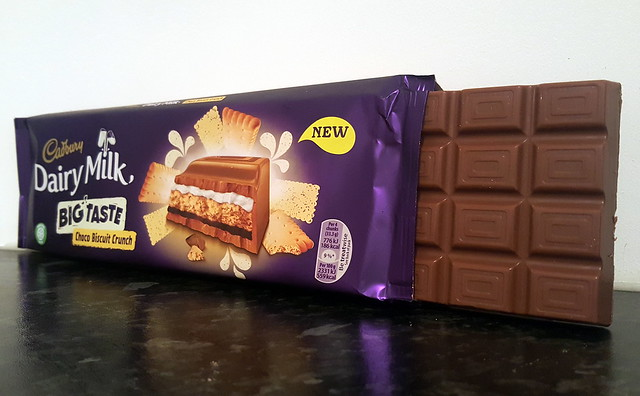 Cadbury Dairy Milk Big Taste Choco Biscuit Crunch