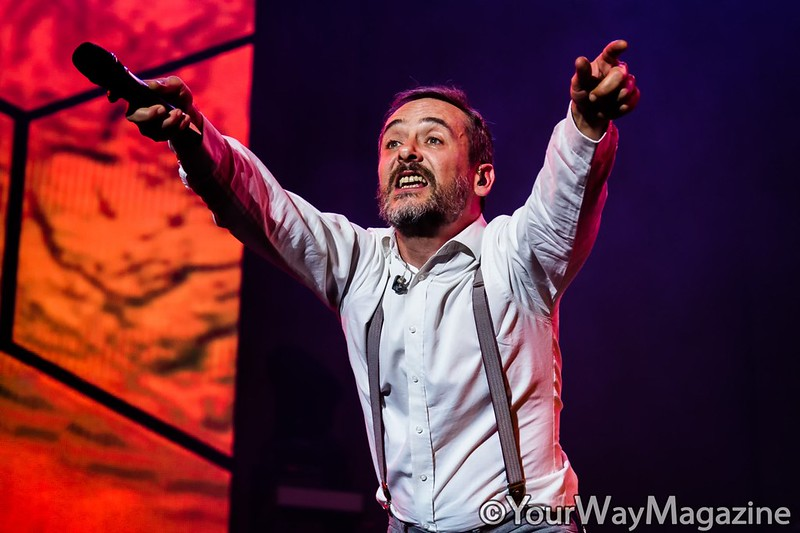 love of lesbian santi balmes concierto el gran truco final madrid gira