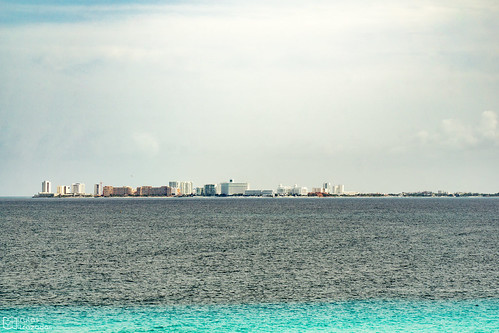 Cancun desde Isla Mujeres