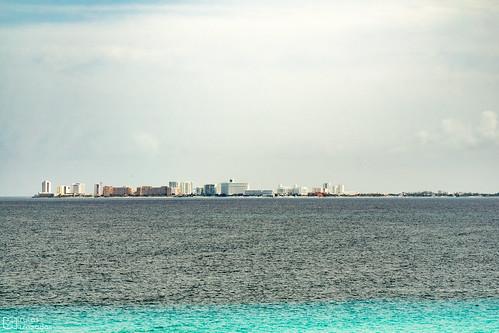 Cancun desde Isla Mujeres