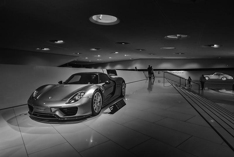Porsche 918 (in explore-2017-11-15)