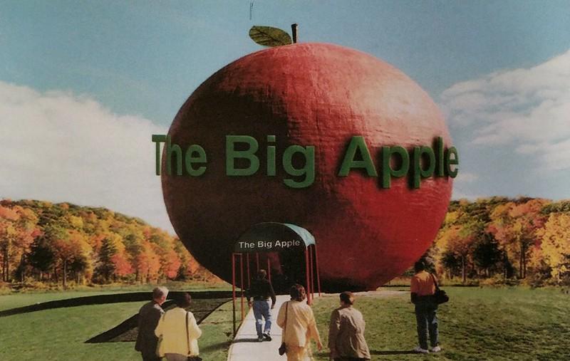 Ontario - Colborne - The Big Apple