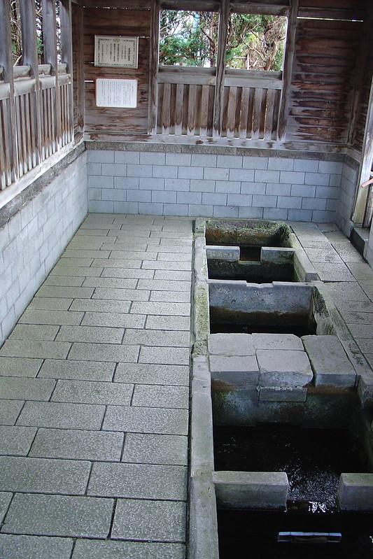 Tomita water spring (富田の清水)