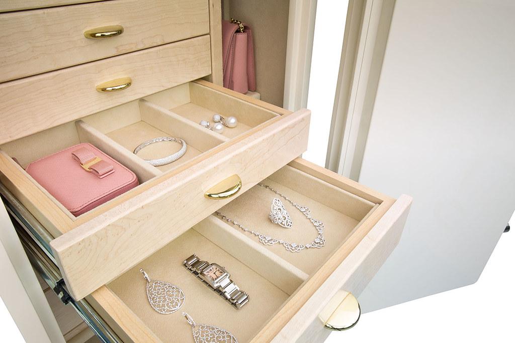 Jewelry-Safe-Gem 4018 EliteGem_WhiteandSand_Interior02