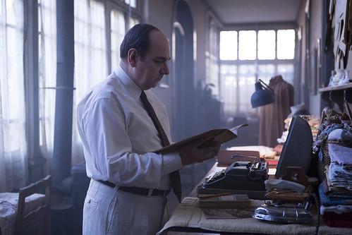映画『ネルーダ 大いなる愛の逃亡者』 by Diego ArayaⒸFabula, FunnyBalloons, AZ Films, Setembro Cine, WilliesMovies, A.I.E. Santiago de Chile,