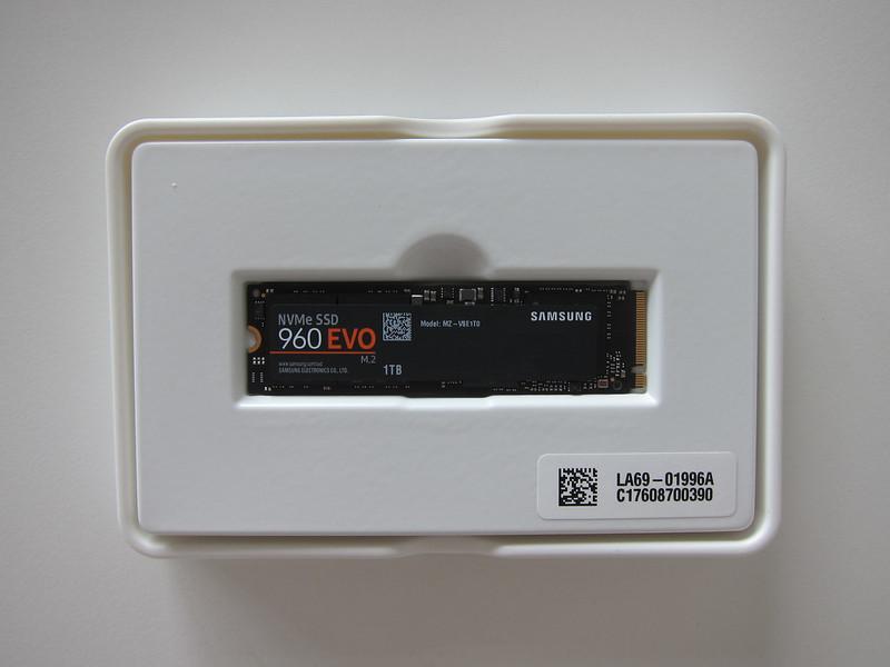 Samsung 960 Evo NVMe M.2 SSD - Box Open