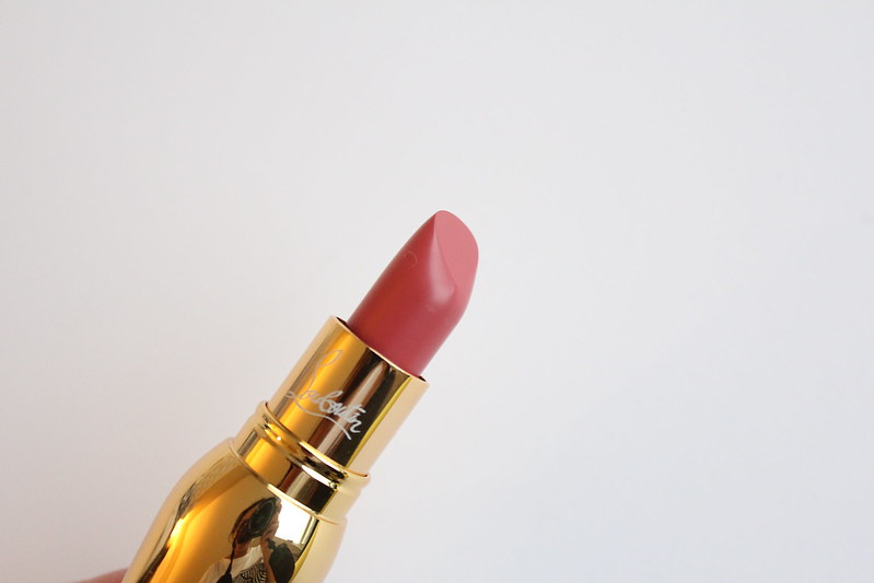 Review and swatches of Christian Louboutin Beaute Silky Satin Lip Colour in Belly Bloom, Lip Definer in Nats, and Lash Amplifying Lacquer Mascara in Kohl