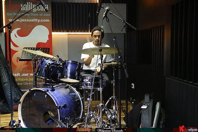 Jazzuality-TP1-Widyasena-RafiMuhammad (2)