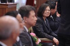 11.30 總統聆聽獲獎代表分享產業經驗