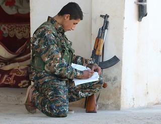 Yezidi YBŞ Fighter