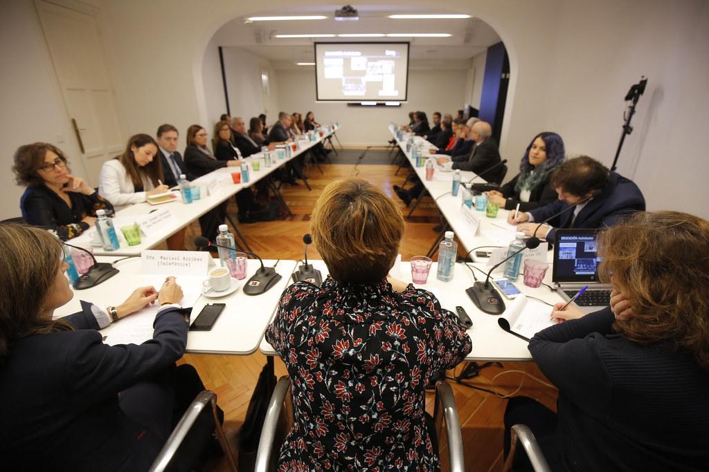 Comité de Educación: modelos alternativos de universidad