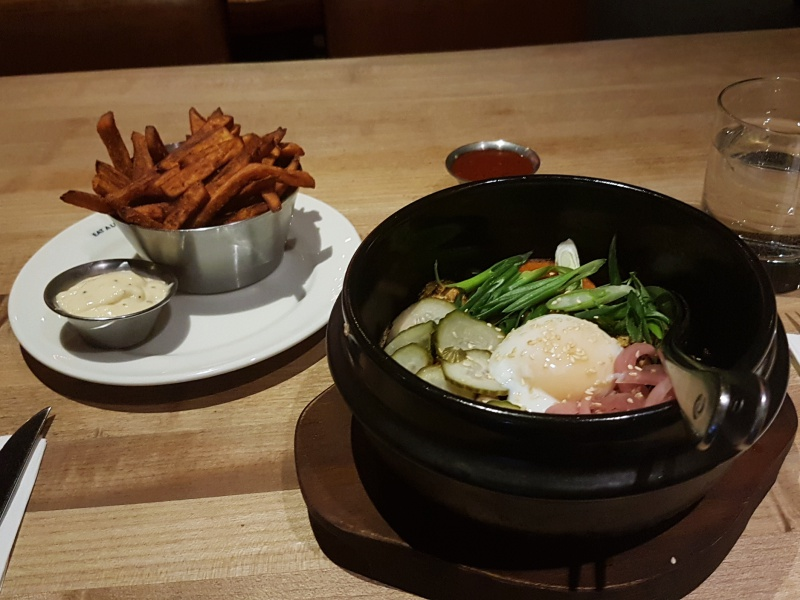 Earls Bibimbap