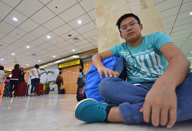 travel cheap airport sleeping