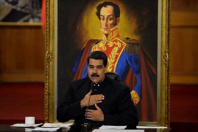 Maduro vence queda de braço contra Trump e renegocia dívida pública