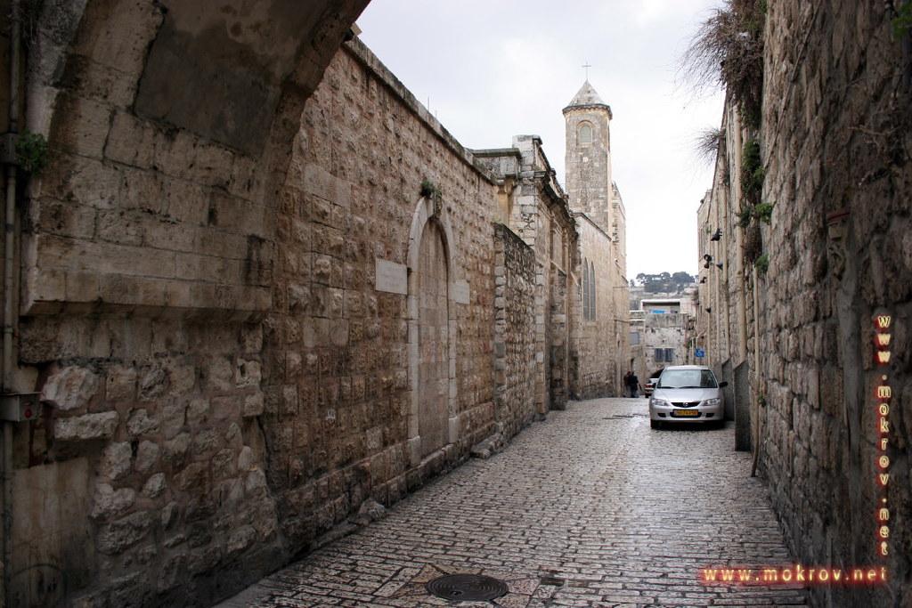 Улицы в Иерусалиме фотографии сделанные как днем, так и вечером