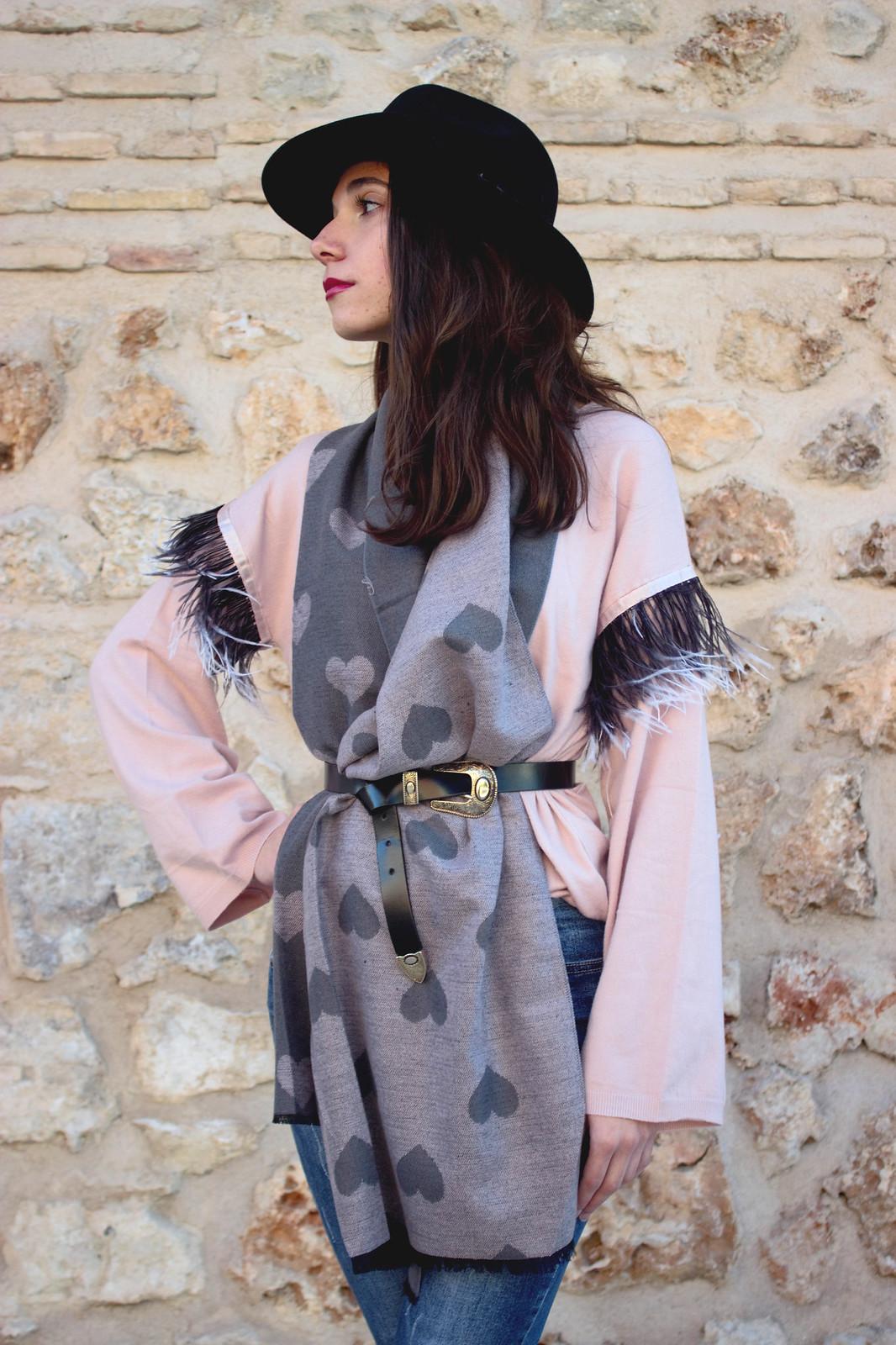 madlula-newcollection-moda-femenina-sweater-paris-rosa-pashmina-love-gris-y-rosa-edición-limitada