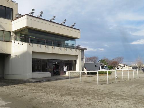 金沢競馬場の枠場と検量室