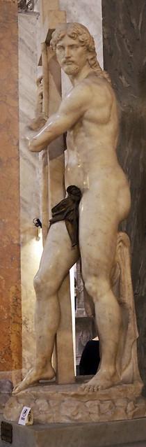 Cristo della Minerva (linke Seite)