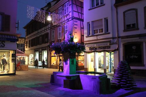 Rue illuminée durant la période de Noël à Sélestat