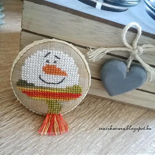 cross stitch, fridgemagnet, snowman
