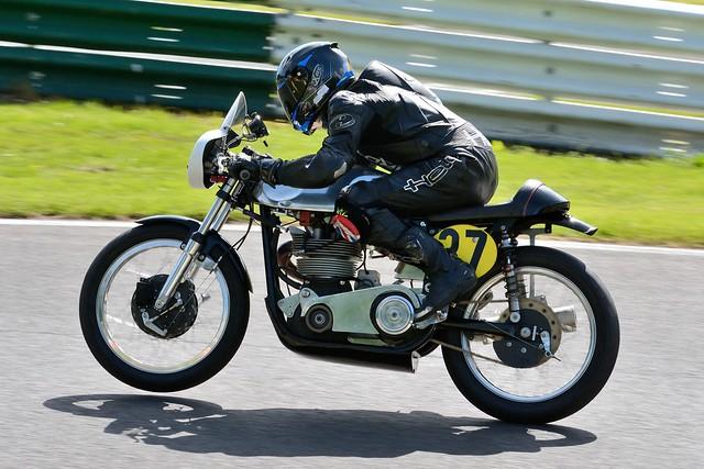 Cadwell Park NG Road Racing 2017 - Clive Ling