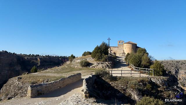 Ermita de San Frutos y Monasterio de la Hoz en las Hoces del Duratón 1
