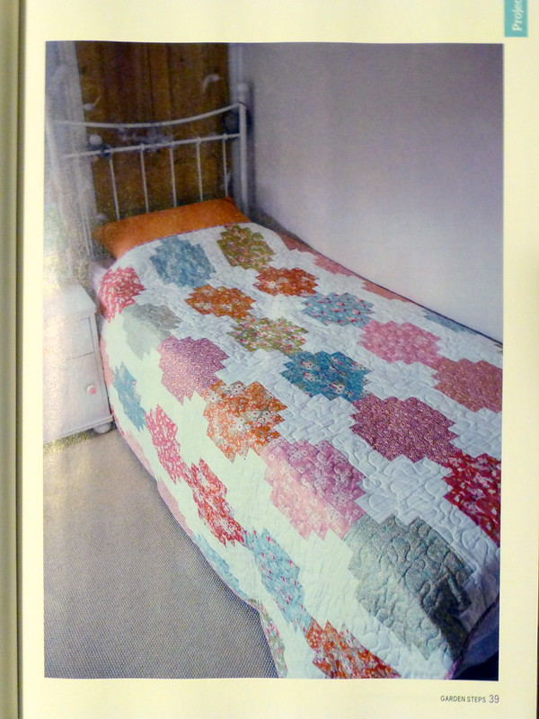 Garden Steps Quilt (British P&Q magazine Nov17)