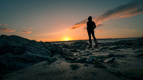 Staring at sunset - Skerries, Ireland - Color street photography