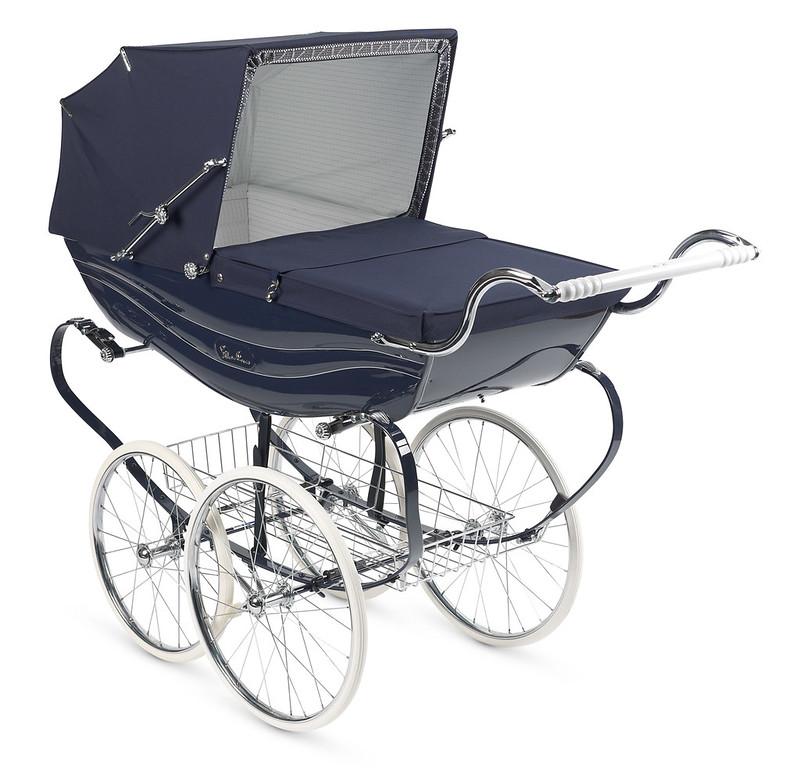Modern Silver Cross Balmoral Coach-Built Pram wit a vintage style