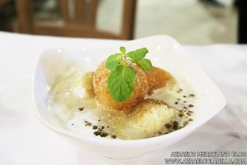 Shrimp Bucket - Sollies Tapioca in Coconut Milk
