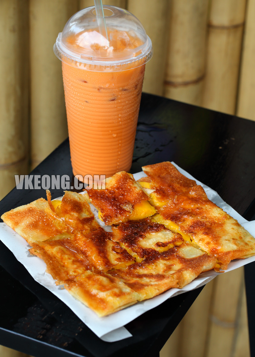 Tony-Thai-Pancake-with-Thai-Milk-Tea