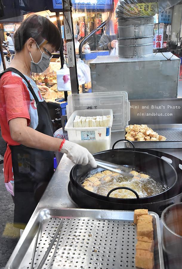 台中素食臭豆腐向上黃昏菜市場美食09