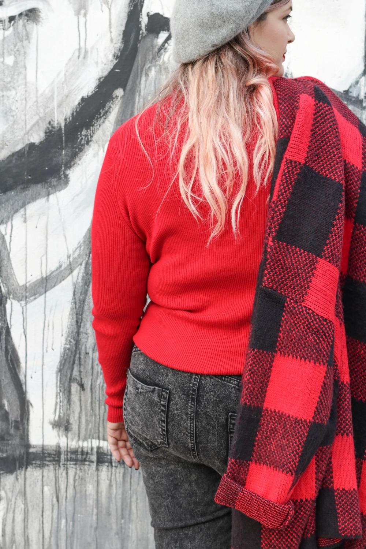 Outfit plus Kik, scozzese rosso e grigio (10)