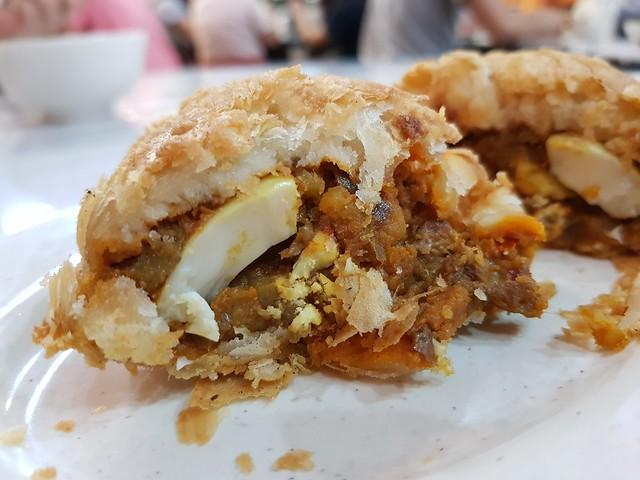 咖喱角 Curry Puff $2.50 @ 金記好好吃雲吞麵家 Good Taste Restaurant USJ 10