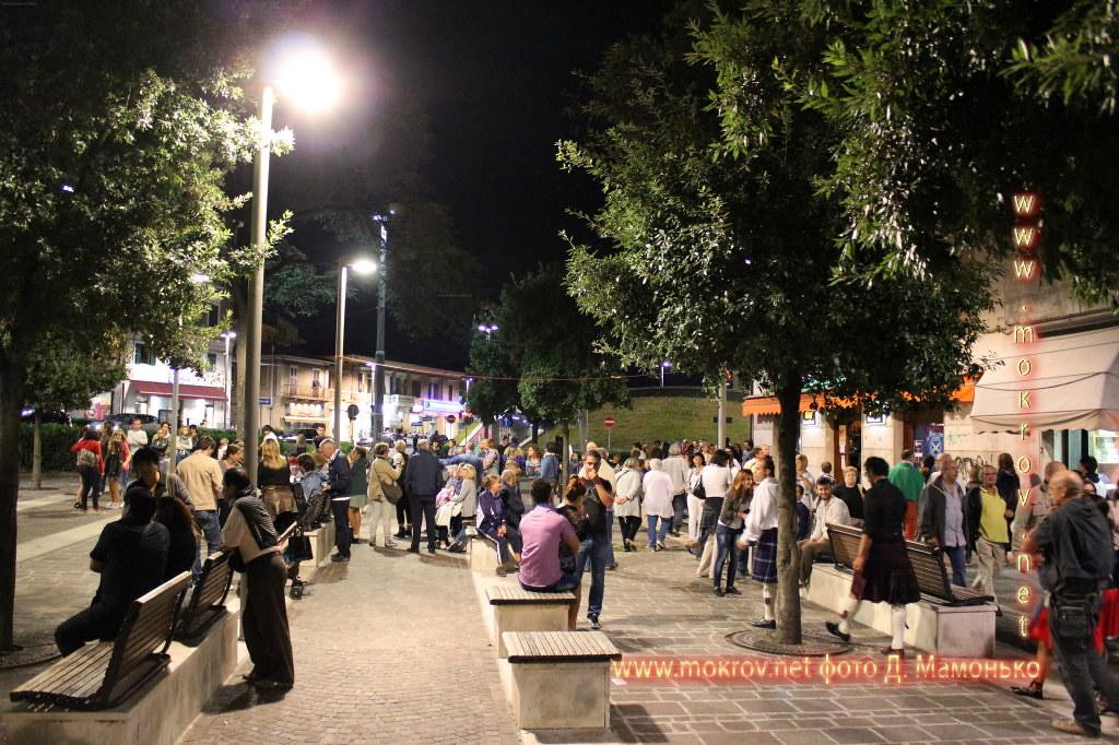 Анкона — город-порт в Италии фотографии сделанные днем и вечером