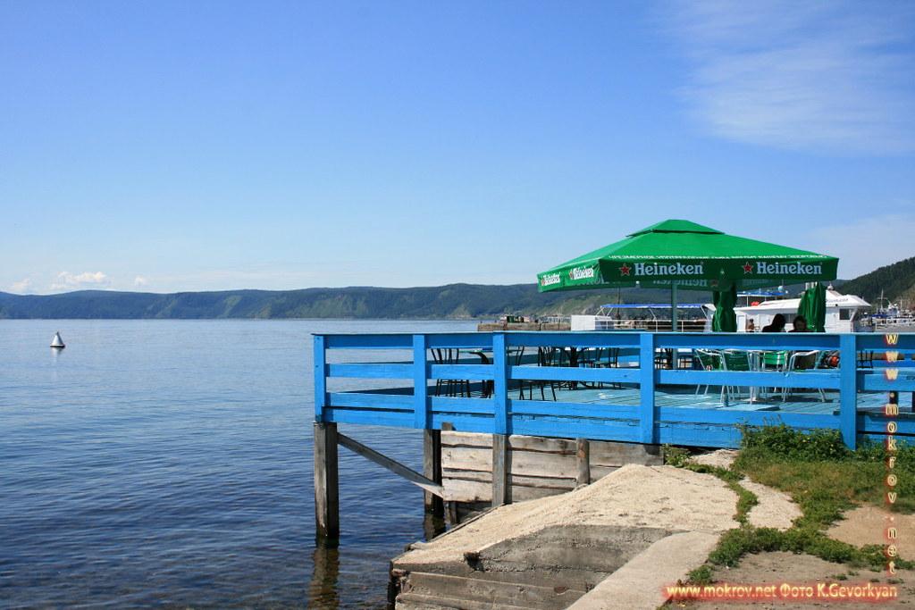 Поселок Листвянка Озеро Байкал — Россия фото