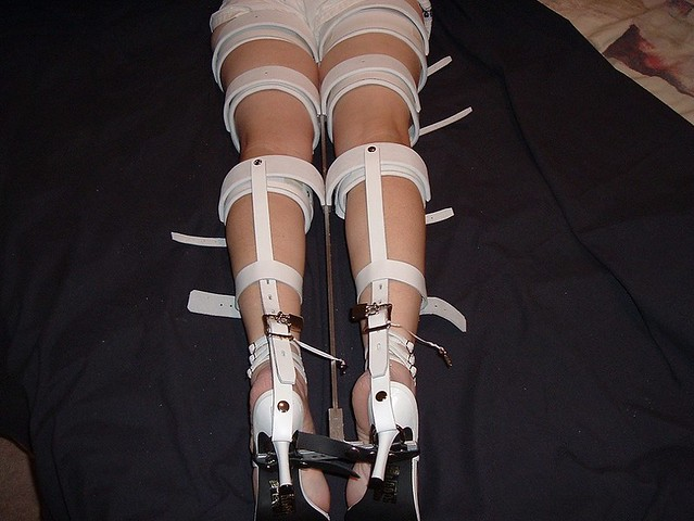 Rear View of Full Leg Straightener Devices