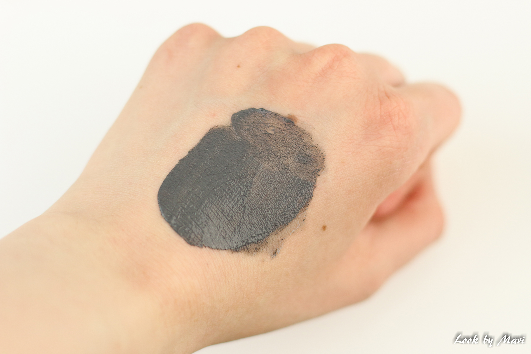 12 glamglow supermud swatch swatches review eu europe