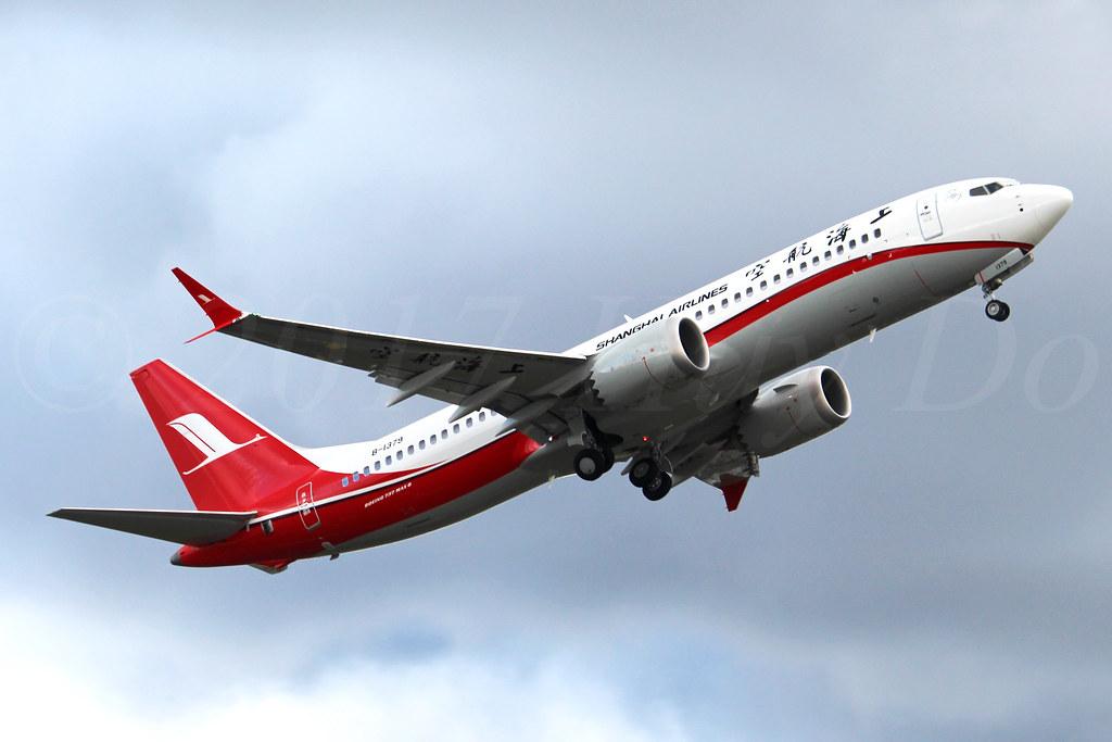Boeing 737 MAX 8 Shanghai Airlines B-1379 LN6521