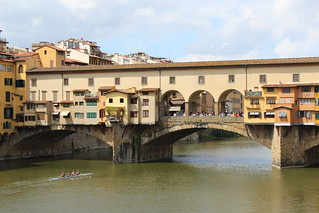 Remeros en el Arno