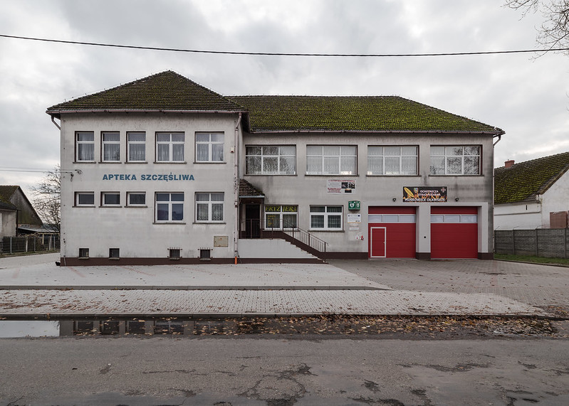 Firestation and banquet hall and pharmacy in one, Minkowice Oławskie, Poland, 26.11.2017
