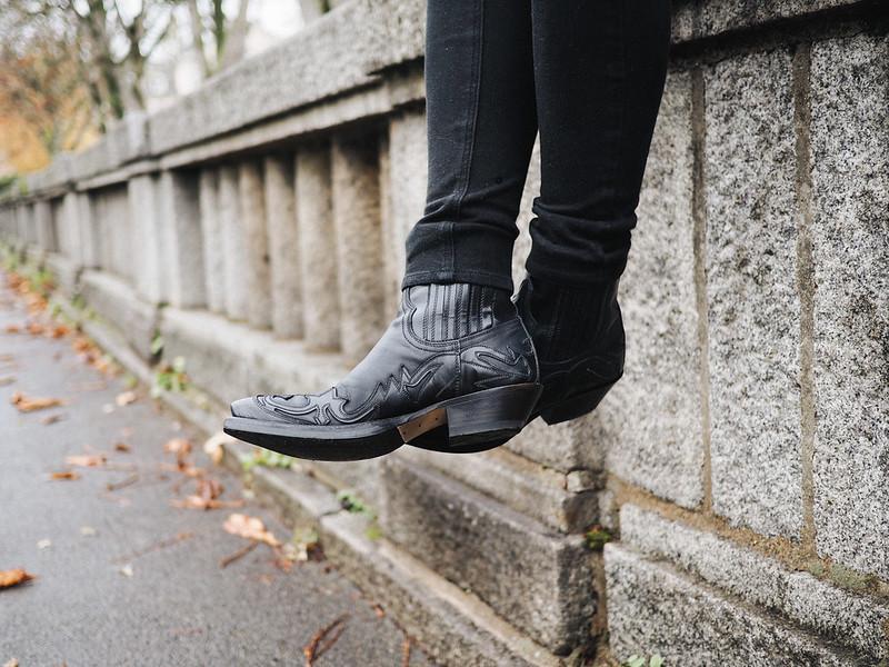 santiag-sendra-boots.jpg