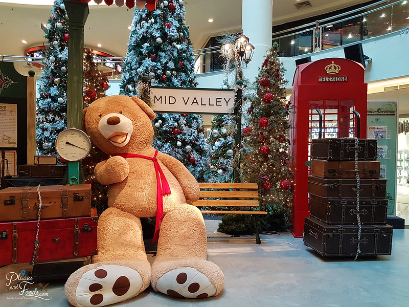 mid valley christmas 2017