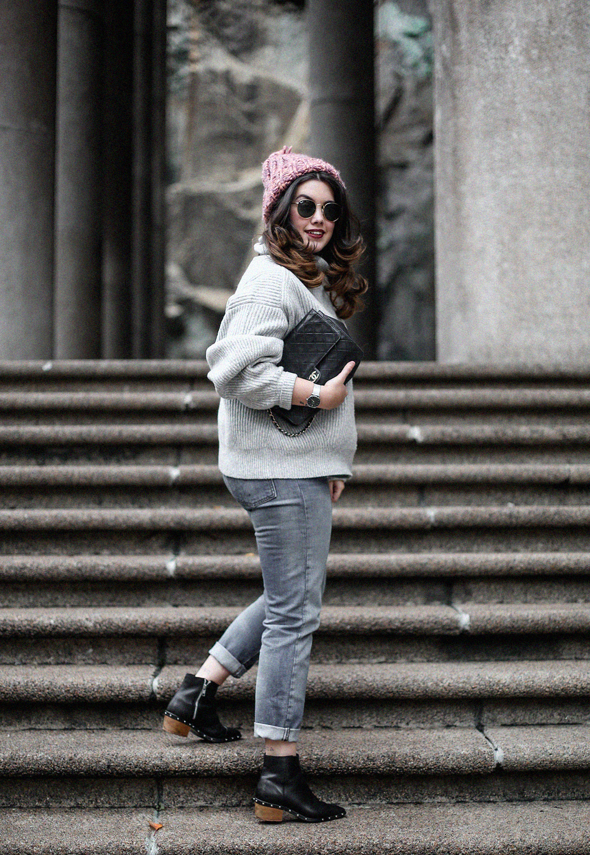 puffer-coat-grey-sweater-look-streetstyle8