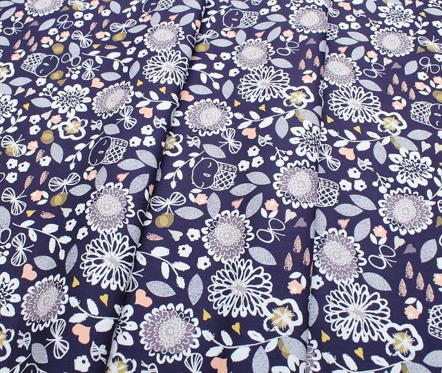 Dashwood Studio Autumn Rain AURA 1273 Owl & Flowers